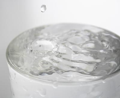 wundermittel wasser sch nheitsschlaf tipps f r eine sch ne haut. Black Bedroom Furniture Sets. Home Design Ideas