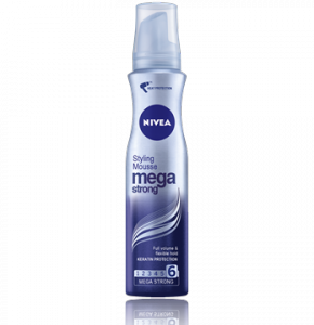 NIVEA Mega Strong Mousse
