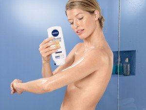 NIVEA In-der-Dusche Q10 Hautstraffende Body Lotion