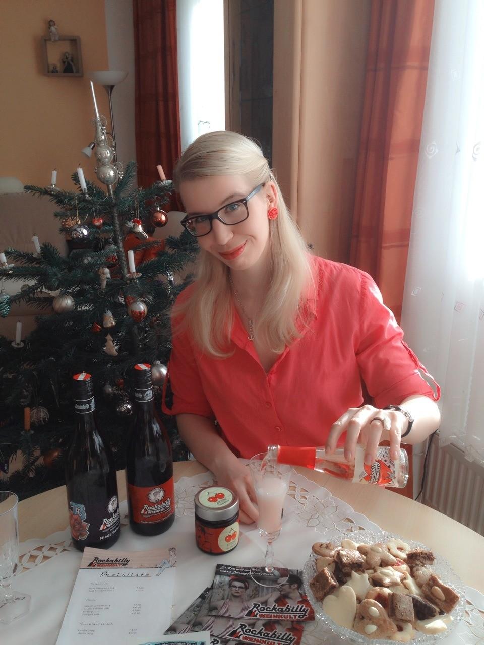 Habe zu Weihnachten überraschend ein Paket von Rockabilly Weinkult ...